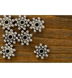 Koraliki metalowe przekładka gwiazda 8mm platyna