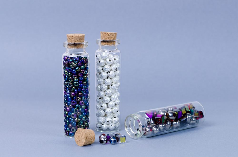 Buteleczka na drobne koraliki